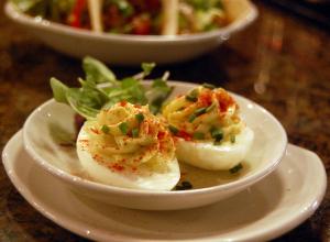 deviled eggs thebackyardchickenfarmer.com